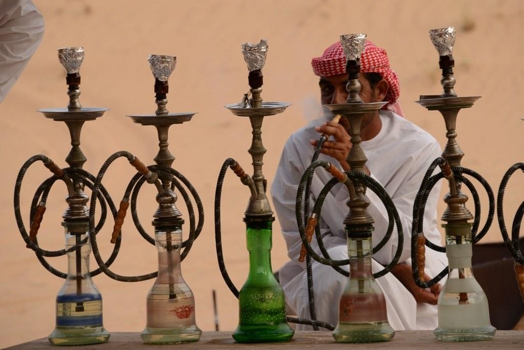 砂漠の水タバコ