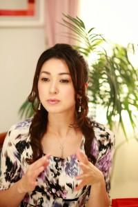 元ミスワールド日本代表ゆうようこさん伝説のうるおいインタビュー